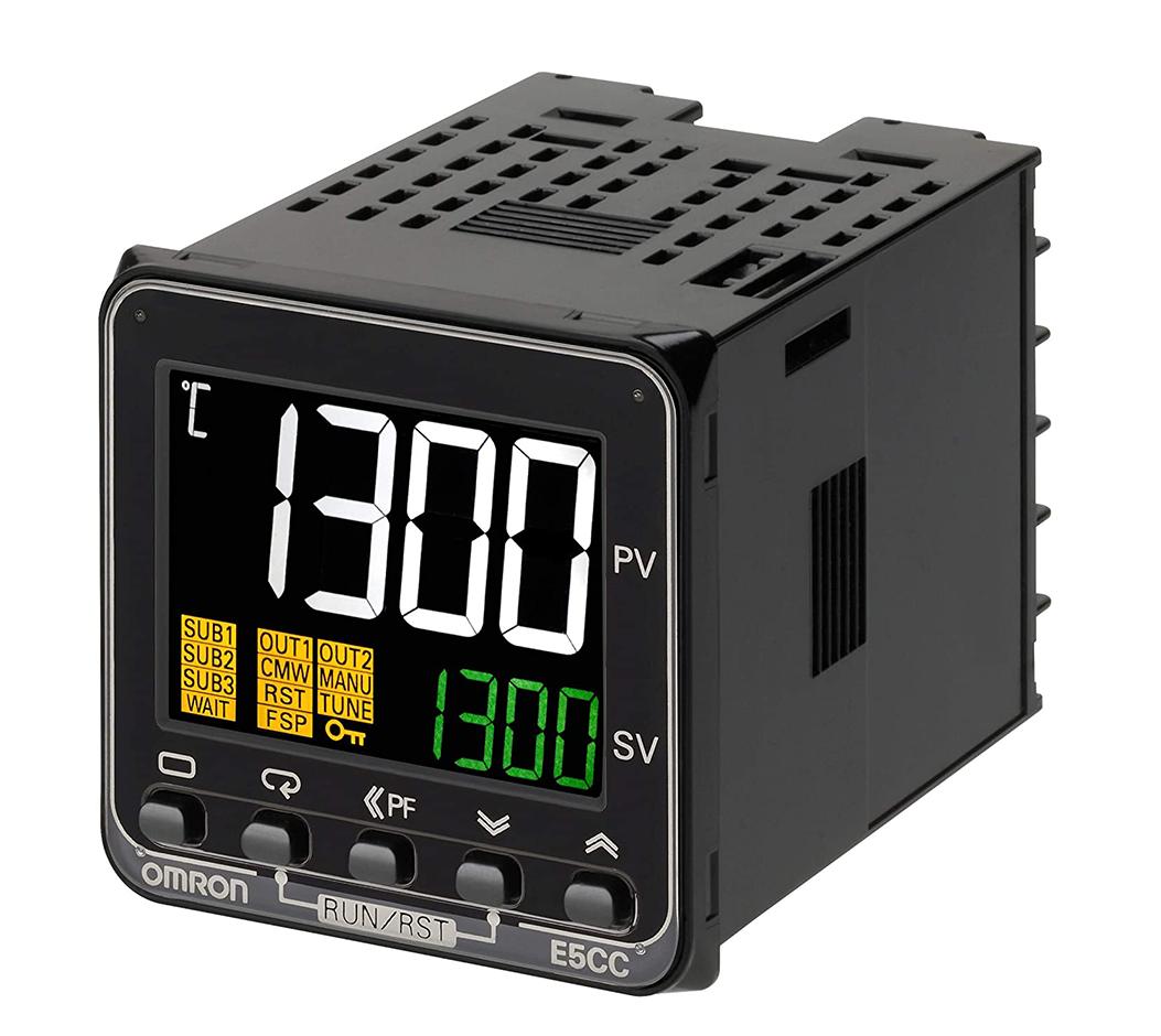 Omron E5CC-QX2ASM-800 Digital Controller Temperature Controller
